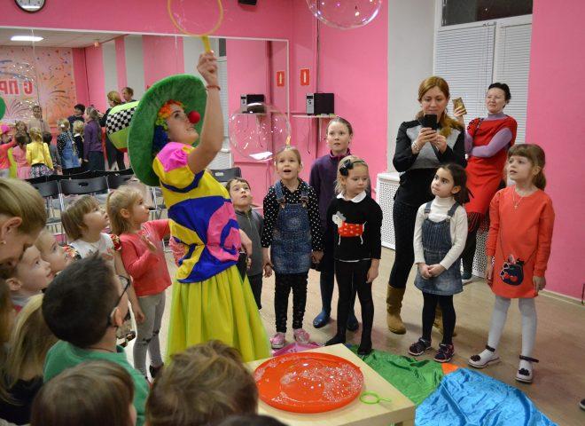 Шоу Мыльных Пузырей в ДЦК ШАНС